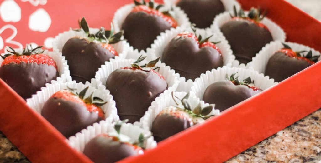 Chocolate covered strawberries pairs perfectly with several wines - SECCO Wine Club