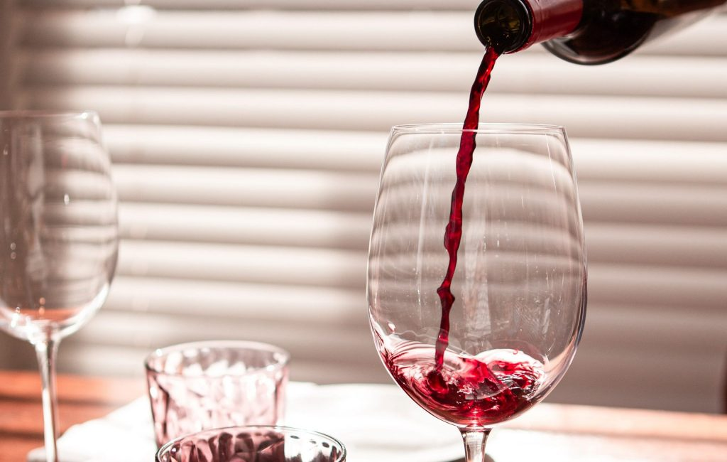 Throw your own wine tasting party today! - SECCO Wine Club