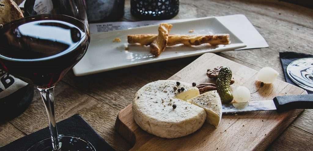The right wine pairing can help you enjoy new dishes - SECCO Wine Club