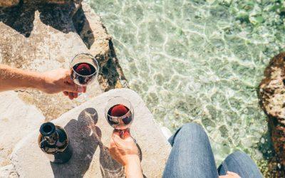 5 Wine-Inspired Ways to Celebrate National Beach Day!