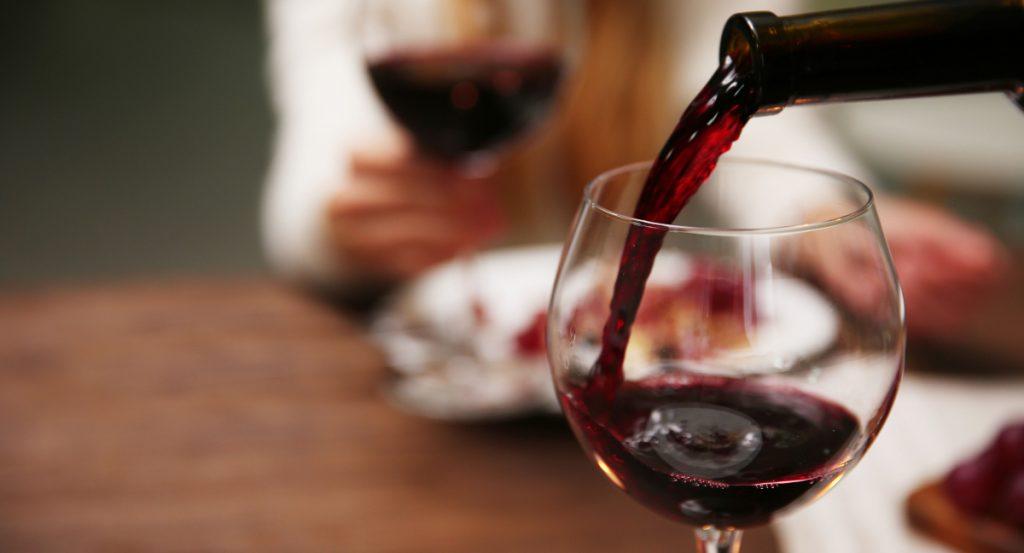 Red wine glasses are designed to increase oxygenation - SECCO Wine Club